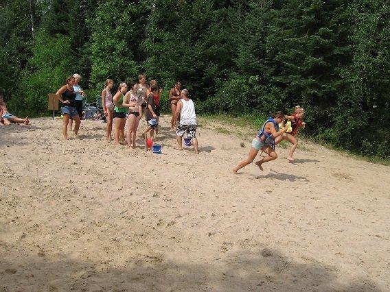 Wet sponge race 2013